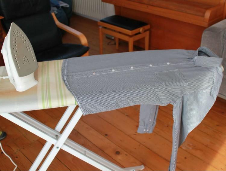 Hemden flink und ordentlich zusammenlegen