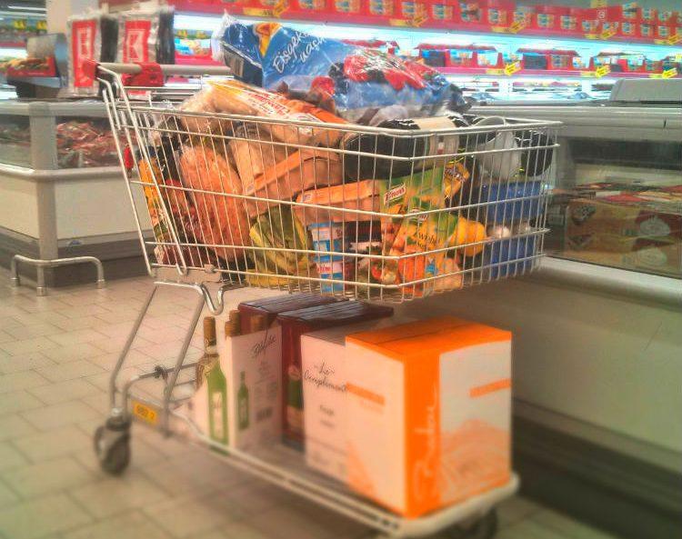 Spontankäufe verhindern auf Einkaufswagen verzichten