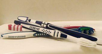 Zahnbuersten sauber aufbewahren, auch unterwegs