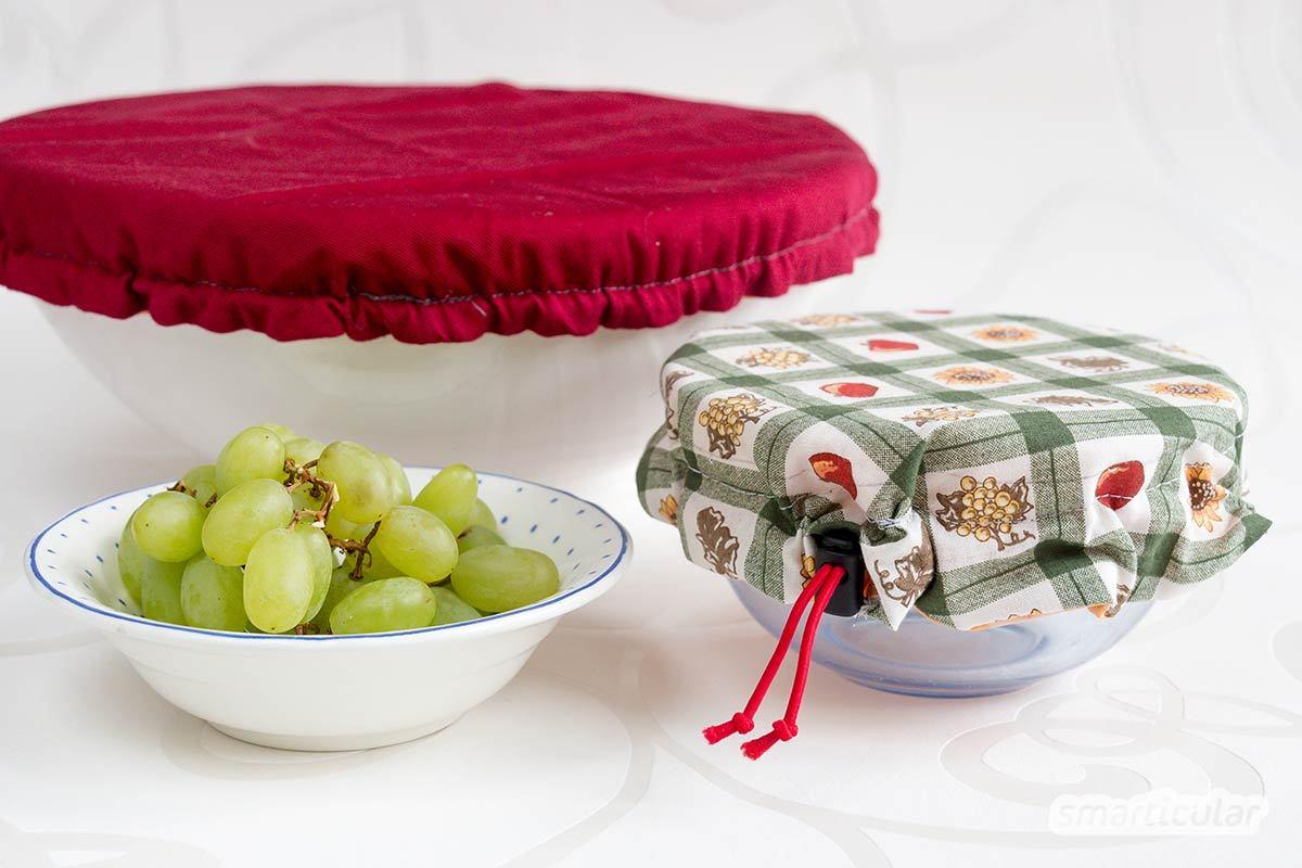 Mit dieser Falle kannst du Fruchtfliegen wirksam bekämpfen. Dafür brauchst du neben Essig nur zwei weitere natürliche Zutaten und sparst dabei Geld und Verpackungsmüll ein.