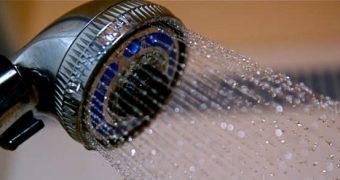 Mit diesem Trick bleiben Chrom-Armaturen in der Dusche immer blitzblank
