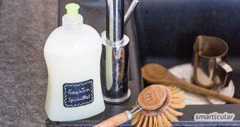 Geschirrspülmittel kannst du preiswert und aus natürlichen Zutaten selber herstellen. Wir zeigen dir leicht es geht!