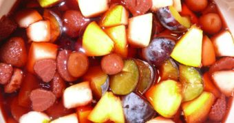 Rumtopf - Obst haltbar machen nach Omas Art