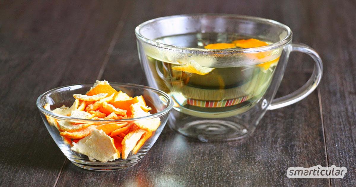 Orangenschalen müssen nicht in den Abfall, du kannst aus ihnen sehr einfach leckeren Tee herstellen. Wir zeigen dir wie es geht!