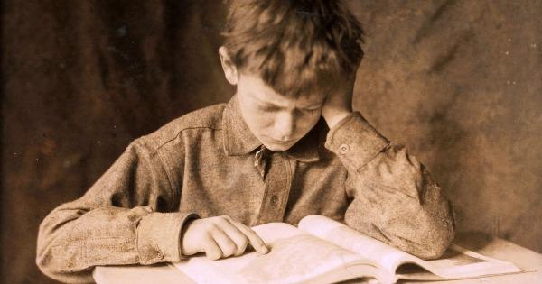 Wenn du unter Prüfungsstress stehst und viel und schnell studieren musst. Dann hilft dieser Trick beim Lernen und bei Prüfungen.