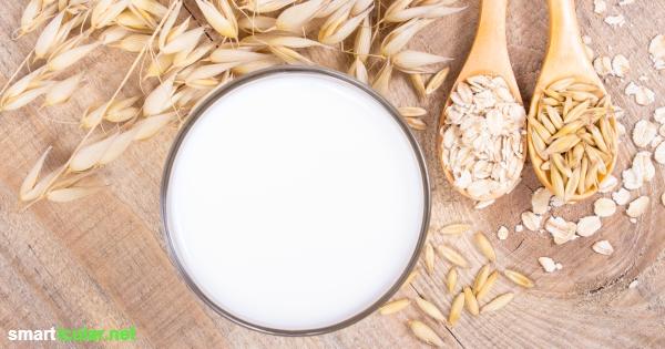 Vegane Milch ist ganz leicht aus Getreide selbst hergestellt und kostet viel weniger als gekaufte Milch.