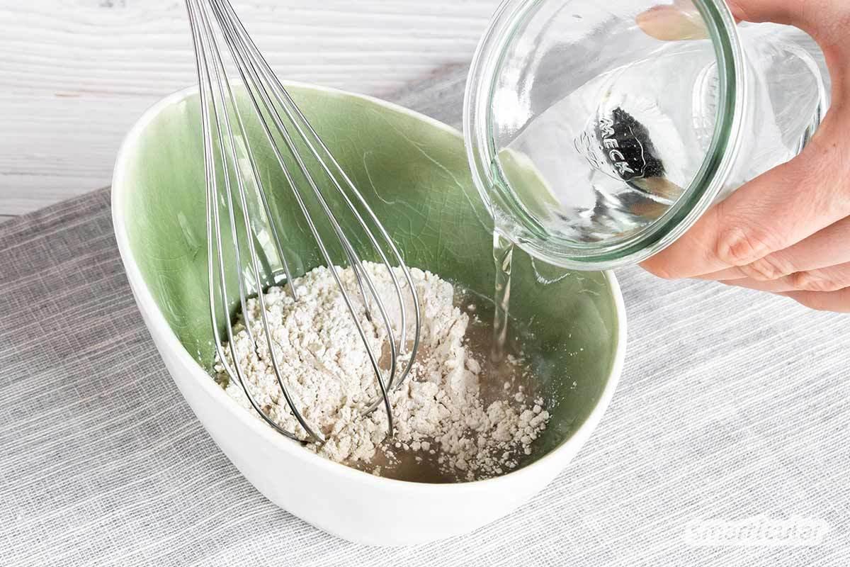 Das Waschen der Haare mit Roggenmehl ist eine natürliche und gesunde Alternative zu gängigen Shampoos. Probiere es aus!