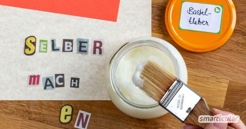 Bastelkleber für Kinder lässt sich ganz einfach mit Speisestärke selber machen. Der selbst gemachte Klebstoff ist nicht nur ungiftig, sondern sogar essbar!