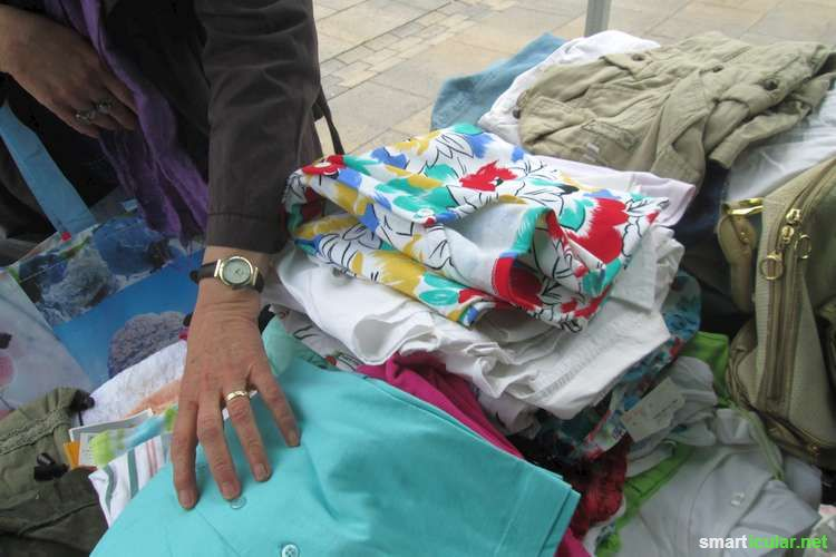 Kleiderschrank ausmisten und gleichzeitig mal was neues tragen ohne dafür zu bezahlen? Das geht mit dem Kostenlos-Flohmarkt!