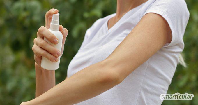 Mückenspray hilft, lästige Insekten abzuwehren. Aber statt Anti-Mücken-Spray zu kaufen, kannst du ein natürliches Mittel einfach selbst herstellen.