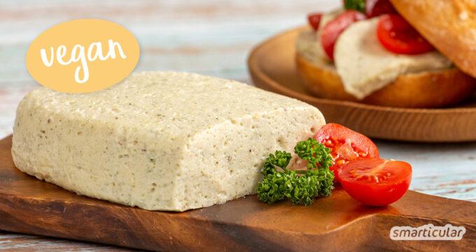 Wenn du auf Milch verzichten, aber Weichkäse nicht missen möchtest, dann probiere dieses Rezept für veganen Weichkäse aus Sojajoghurt!