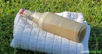 Ein einfaches, natürliches und pflegendes Duschgel selber herzustellen ist gar nicht schwer. Hier findest du ein einfaches Grundrezept und einige Varianten!