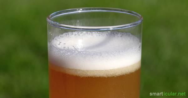 Im Sommer willst du statt Zuckerwasser eine gesunde Limo? Dann probiere mal diese natürliche Ingwer-Erfrischung! Sie ist schnell zubereitet und lecker.