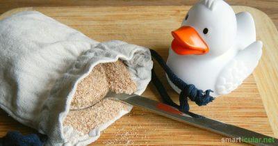 Chemische Zusätze in Badeprodukten für Kinder & Babys? Nein, danke! Mit wenigen Zutaten zauberst du natürlichen Badezusatz selbst - gesund und preiswert.