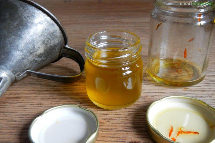 Die Inhaltsstoffe der Ringelblume eignen sich hervorragend für eine Wund- und Heilsalbe. In nur wenigen Schritten hast du sie daheim selbst hergestellt!