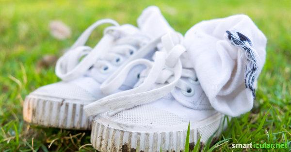 Schweißfüße sind unangenehm, kommen aber in den besten Familien vor. Die besten Tipps und Tricks gegen Schweißfüße vorzubeugen und den Geruch zu vertreiben!