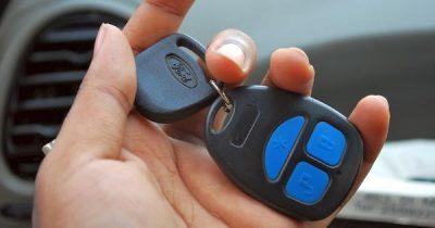 Im Schnitt stehen die meisten Autos knapp 23 Stunden am Tag einfach nur auf irgendeinem Parkplatz oder in der Garage. So kannst du Autos besser nutzen.