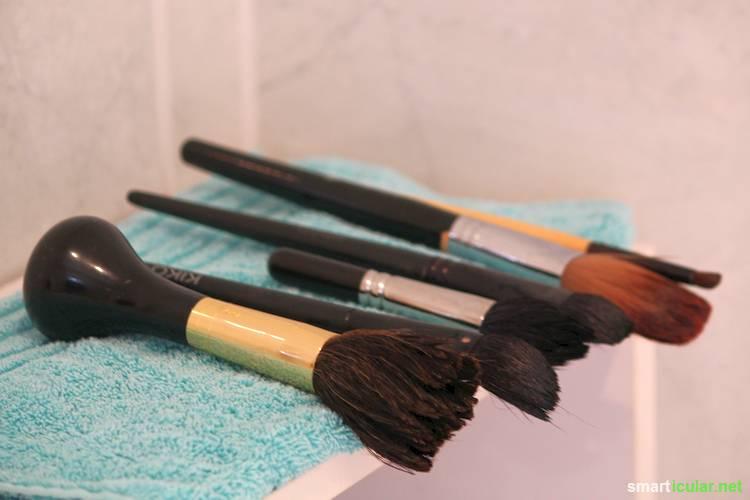 Hochwertige Werkzeuge sollten gepflegt werden, damit man sich lange an ihnen erfreut. Finde heraus, wie du Make-Up Pinsel gut und preiswert reinigst und pflegst.