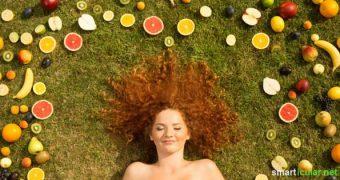 Bist du mit deinem Haarwuchs oder der Gesundheit deiner Haare unzufrieden? Diese Tipps helfen, deine Haare gesund zu pflegen und zum Wachstum zu animieren.