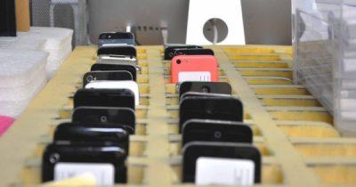 Moderne Smartphones sind oft teuer und benötigen auch viele hochwertige Materialien zur Herstellung. Diese Initiativen sparen Geld und schonen Ressourcen!