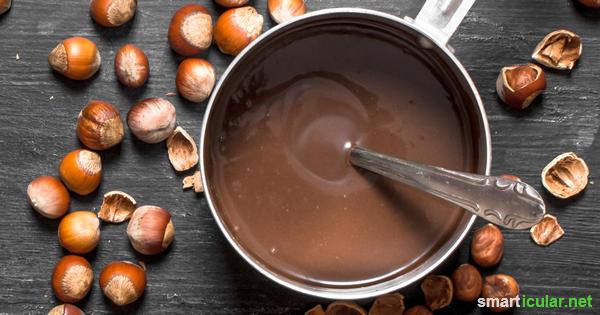 Viele beliebten Schokoladenaufstriche sind voller Palmöl, Zucker und Kakao mit zweifelhaftem Ursprung. Für diese Alternative genügen einfache lokale Zutaten