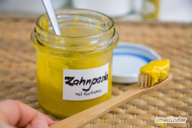 Zahnpasta aus natürlichen Zutaten? Selbstgemacht, einfach und auch preiswert? Klar geht das - dieses Rezept ist einfach genial!