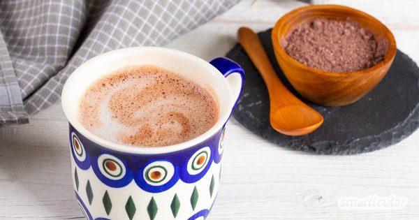 Weg mit den überzuckerten Fertigprodukten! Dieses Rezept für Kakaopulver mit Rohkakao wird dir besser schmecken und deiner Gesundheit gut tun.