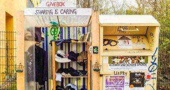 """Diese Schritt-für-Schritt-Anleitung führt dich von der Idee bis zum dauerhaften Betrieb einer """"Givebox"""" zum kostenlosen Tauschen, Schenken und Teilen."""