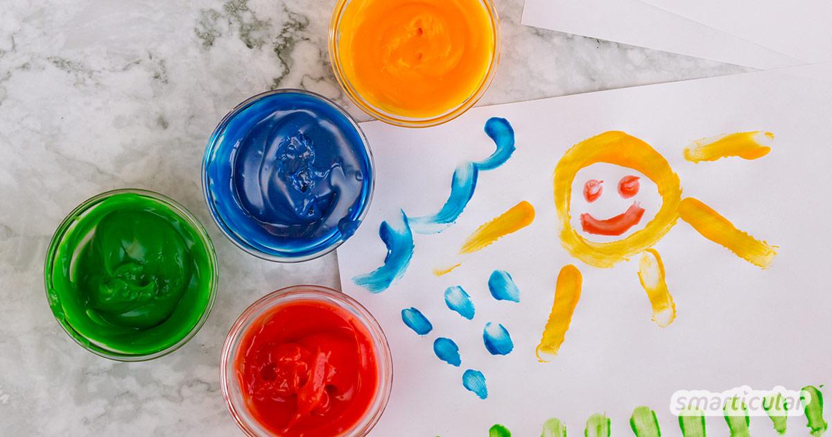Fingerfarben selber machen ist nicht schwer. Sie lassen sich aus nur wenigen ungiftigen und umweltfreundlichen Küchenzutaten herstellen.