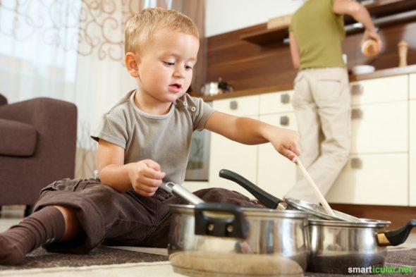 Kinder kosten Nerven und viel Geld? Mit diesen Geldspar-Tipps kannst du die Kosten und den Stress für die ganze Familie reduzieren.