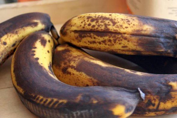 warum braune reife bananen so gesund sind und wie du sie nutzen kannst. Black Bedroom Furniture Sets. Home Design Ideas