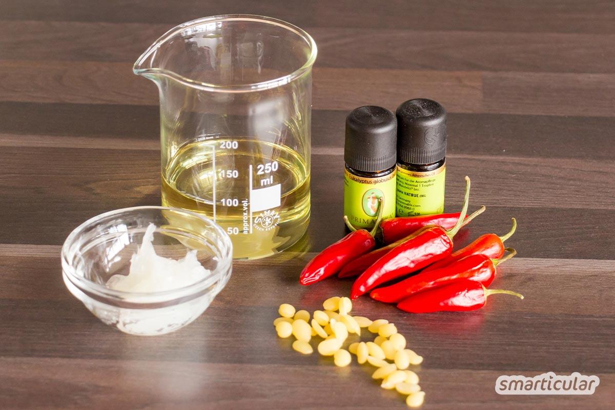 Aus wenigen Zutaten lässt sich eine wärmende Chili-Salbe einfach selber machen - gegen Schmerzen und Muskelverspannungen.