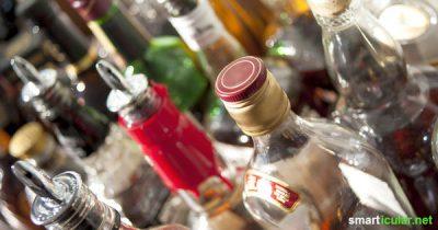 Alkoholreste nicht wegschütten! Mit diesen Tipps und Rezepten verwandelst du angestaubte Spirituosen in nützliche Alltagshelfer oder köstliche Geschenke.