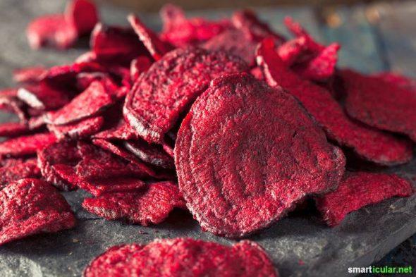 Erfahre mehr über die gesundheitlichen Potenziale der roten Bete und lerne verschiedene Rezepte kennen, wie du sie besonders lecker zubereiten kannst.