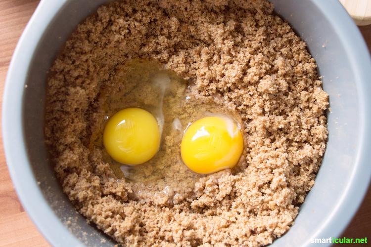 Mit diesen Tipps wirst du nie mehr altes Brot wegwerfen - mit selbst gemachten Semmelbröseln kannst du viele geniale Gerichte zaubern und nebenbei Geld sparen!