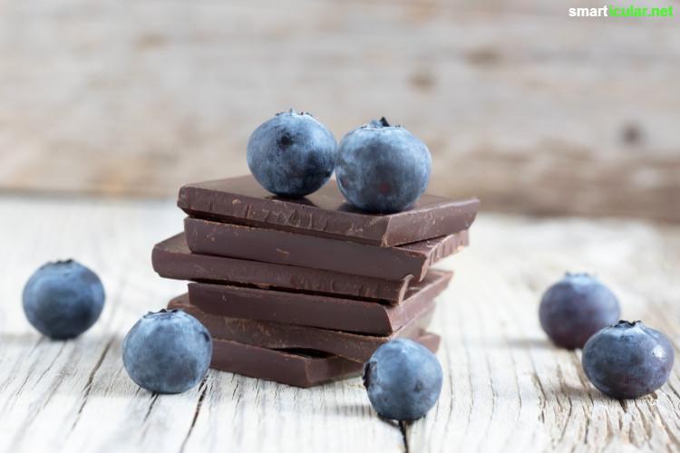 Rohkakao ist gesund für Herz, Gehirn, Muskeln, Knochen und die Psyche. Iss lieber die rohen Bohnen als Schokolade, denn sie stecken voller Mineralien und sekundärer Pflanzenstoffe!