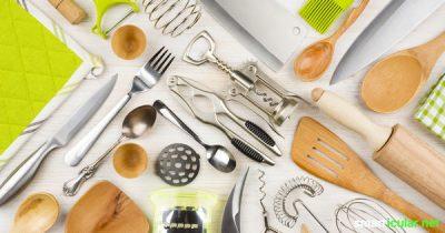 Dein Küchenschrank ist zu voll? Entdecke, wie du überflüssige Dinge aussortieren und ersetzen kannst und dabei Geld sparst.