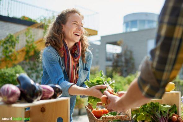 Selbstversorgung geht auch ohne eigenen Garten! Mit diesen Tipps machst du dich unabhängiger, sparst Geld, lebst gesünder und schonst auch noch die Umwelt.