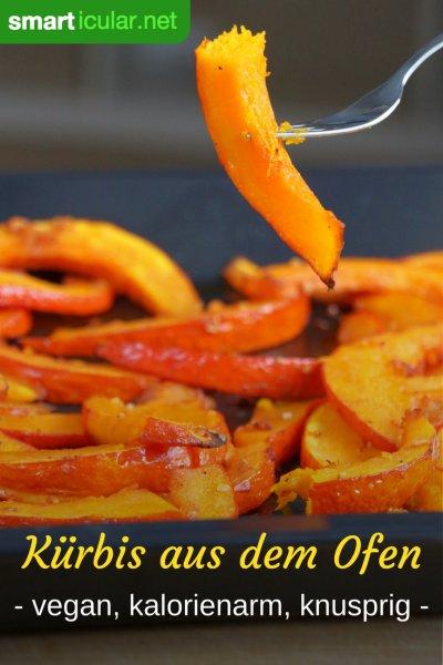 Kürbis ist für viel mehr gut als nur für Suppe - probiere doch mal dieses Rezept für kalorienarme und knusprige gebackene Kürbisspalten!