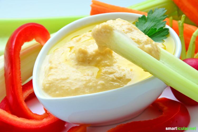 Es muss nicht immer Käsebrot sein, denn Gemüse bietet eine leckere und gesunde Alternative. Diese bunten Herbstaufstriche bringen Abwechslung auf deine Schnitte!