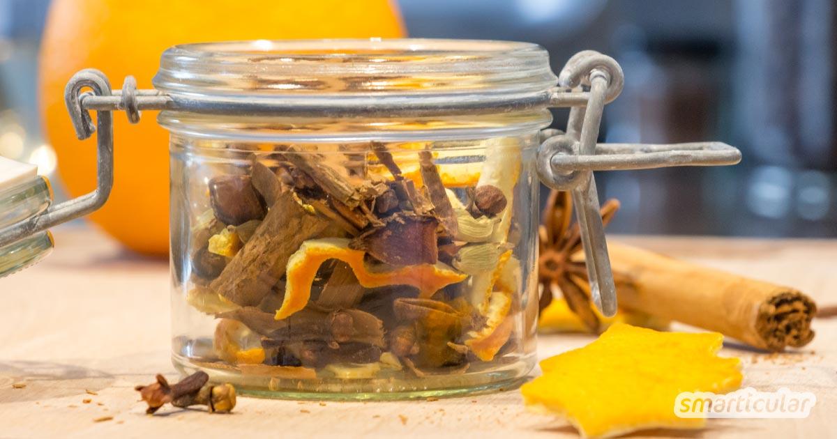 Mit dieser Gewürzmischung lässt sich Glühwein schnell und einfach zu Hause selbst zubereiten. In einem hübschen Glas eignet sie sich zudem als kleines Geschenk für Familie und Freunde.