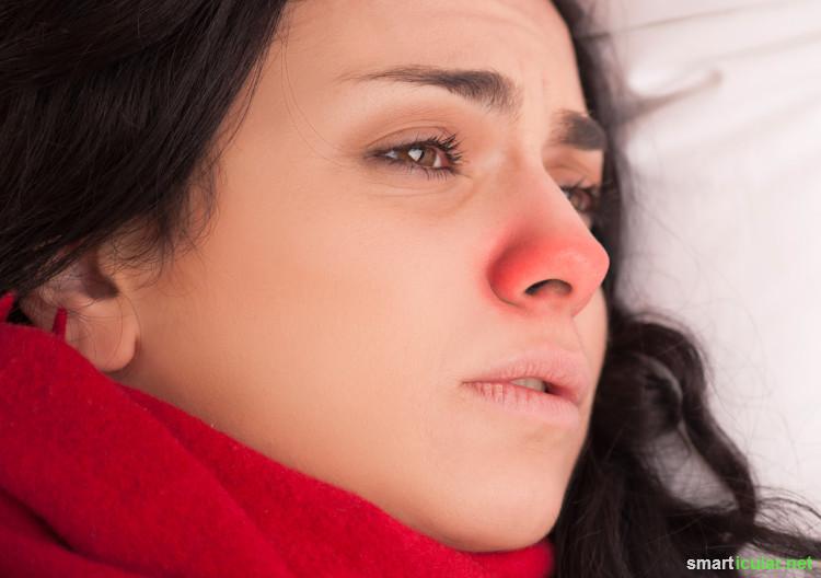 Lippenbalsam kann noch viel mehr als nur deine Lippen pflegen. Mit diesen Tipps profitieren auch Haut und Haar von dem Pflegestift!