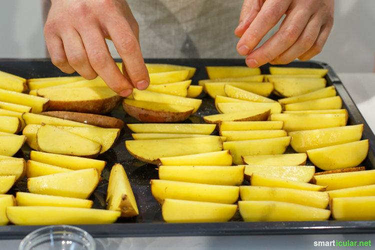 Schnell gemacht, lecker, regional: diese knusprigen Kartoffelecken haben das Potenzial zum Lieblingsrezept und lassen Fritteuse-Pommes blass aussehen.