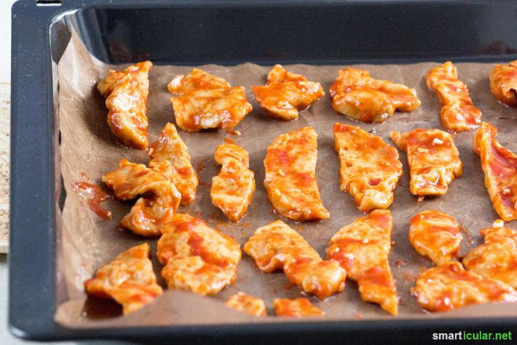 Haltbares, köstliches Seitan Jerky ist nicht nur für Veganer eine Alternative zu Dörrfleischprodukten! Mit diesem Rezept kommst du auf den Barbecue-Geschmack.