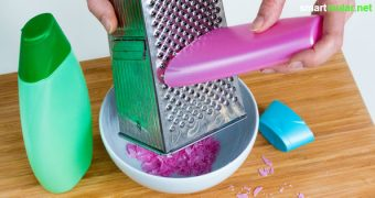Mikroplastik in Shampoo und Hautcreme musst du nicht kaufen. Mit selbst gemachten Partikeln kannst du deiner Gesundheit und Umwelt eine Freude machen.