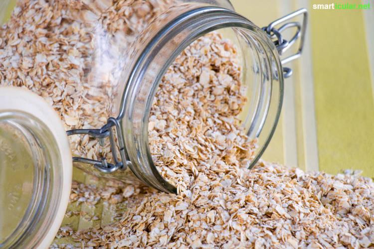 Porridge - das gesunde Frühstück aus Hafer. Ergänze und variiere den Brei mit Obst, Nüssen und Gewürzen, kalt, warm, vegan oder auch herzhaft!