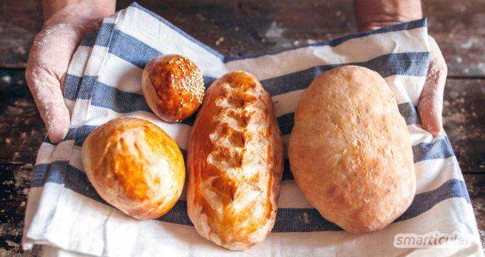 Will man größere Mengen gekauftes, gerettetes oder selbst gebackenes Brot lange frisch halten, ist Einfrieren die beste Methode. So gelingt's plastikfrei und ohne Gefrierbrand!