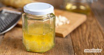 Als natürliches Antibiotikum helfen die Wirkstoffe im Meerrettich, Erkältungskrankheiten zu lindern - zum Beispiel mit einem selbst gemachten Hustensaft aus Meerrettich und Honig.