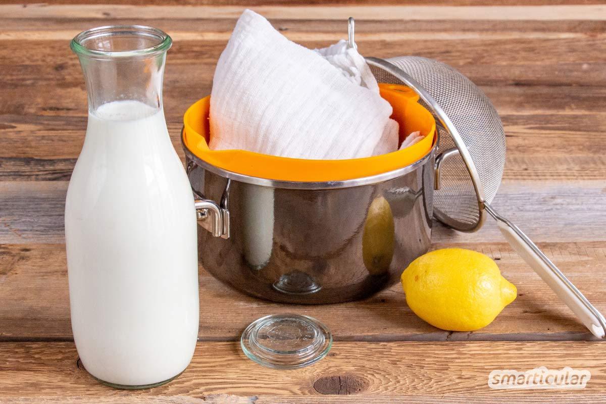 """Mach deinen Quark doch einfach selbst: Das ist nicht kompliziert, und du brauchst nur wenige Hilfsmittel. """"Umgekippte"""" Milch verarbeitest du so einfach weiter."""