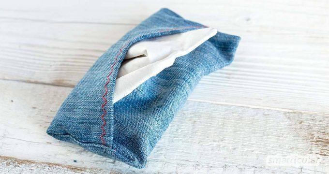 Eine Taschentüchertasche (Tatüta) kannst du schnell und einfach selbst nähen. Damit hast du Taschentücher aus dem plastikfreien Spender auch unterwegs dabei.